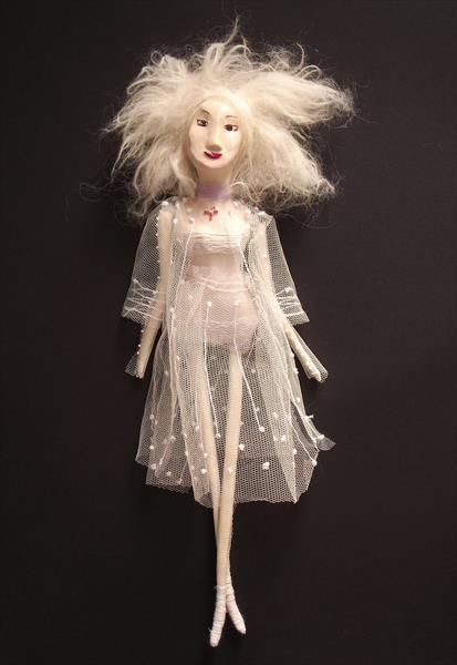 Sculpture Doll / White 02 by Ina Cheri