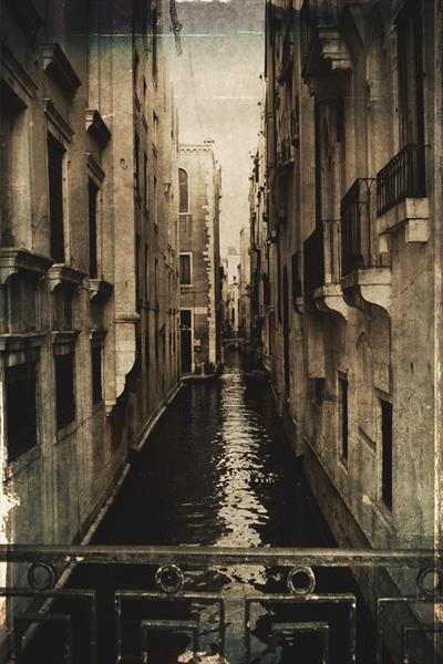 Old Venice 2 by Linda Hoey
