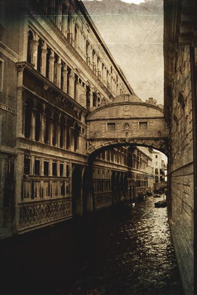 Old Venice 1 by Linda Hoey
