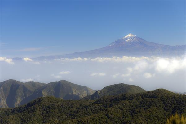 Mount Teide From La Gomera by Ron Whitby