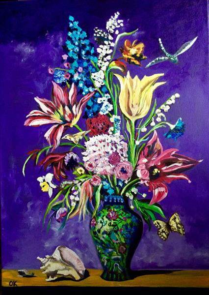 Flowers in a Chinese oriental vase.