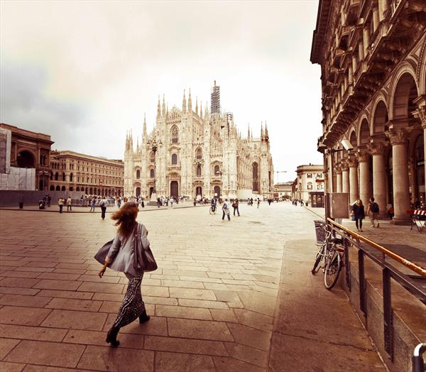Lady in Milan by Rob Thomas