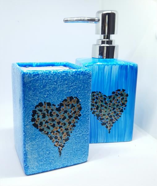 BLUE HEART - TWISTED CERAMIC SOAP DISPENSER & TUMBLER by Cinzia Mancini