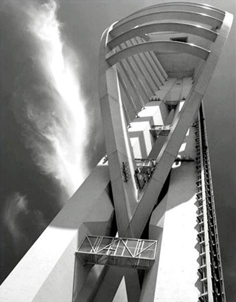 SPINNAKER TOWER (LIMITED EDITION 1-20) by Peter Holzapfel