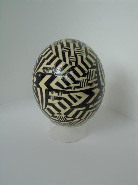 Deco Egg 2 by Daniel Shipton