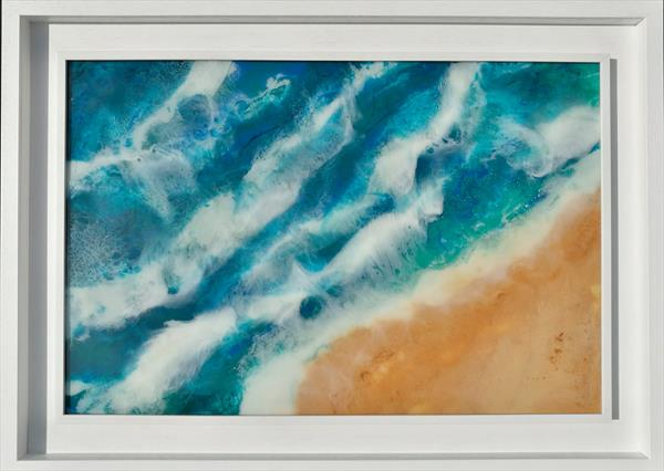 Surfin the waves by Lynda Colley