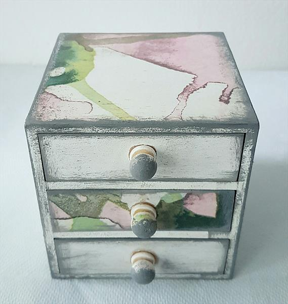 Old Vintage Romantic Jewellery Box