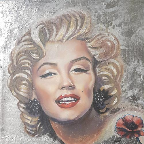 MESSAGE FROM MARILYN by Shirley Wright