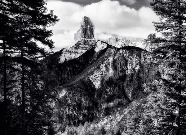 Mont Aiguille. Vercors. France by Peter Bowater