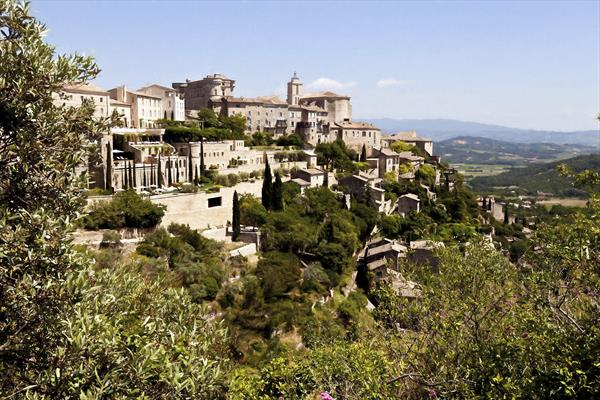 Gordes – France by Ron Whitby